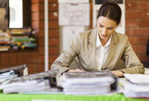 Учитель в школе должен заполнять всего пять документов
